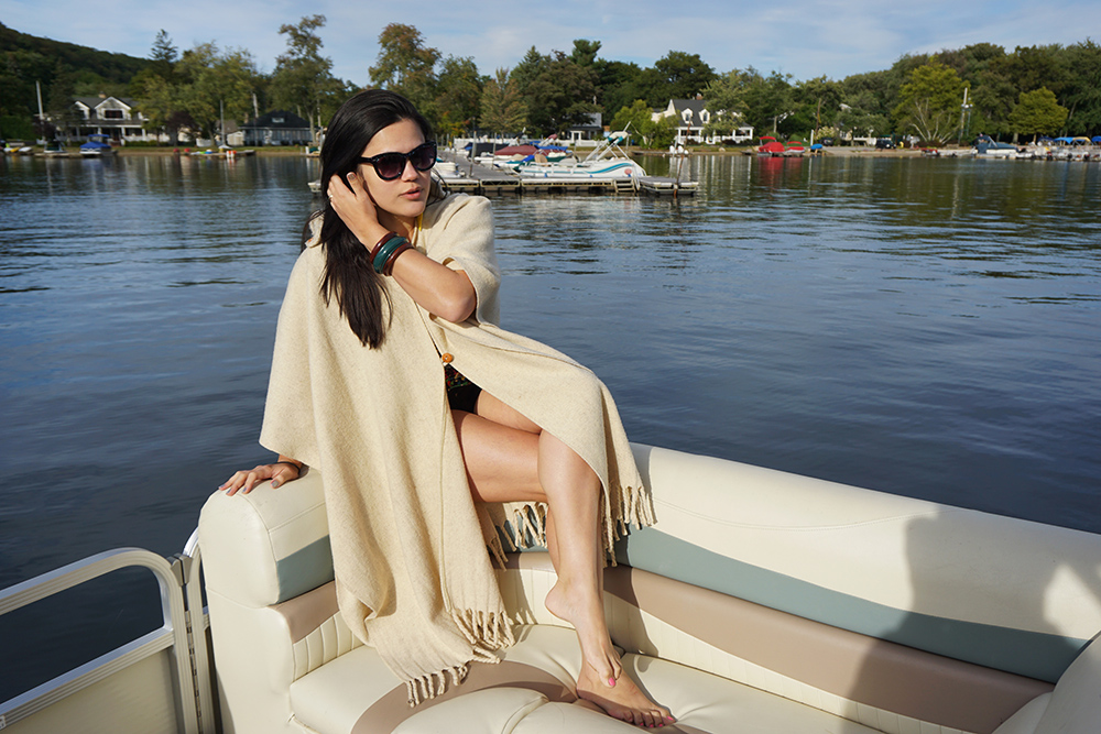 11-boat-party-paulinne-freire-fashion-blogger-blog-passarela-forever21-cartoon-body-pocahontas-sunglasses-friends-sun